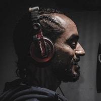 pioneer studio headphones
