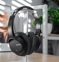 Sony black wireless headphones