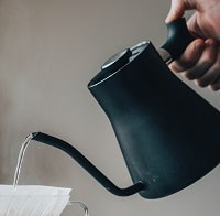 kettle pouring water